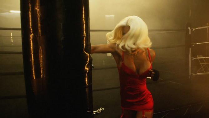 žena, plavuša, boks, vežbanje