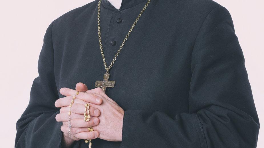 Boguszów-Gorce: Ksiądz pedofil skazany na 15 lat. Parafianie: to jest szok