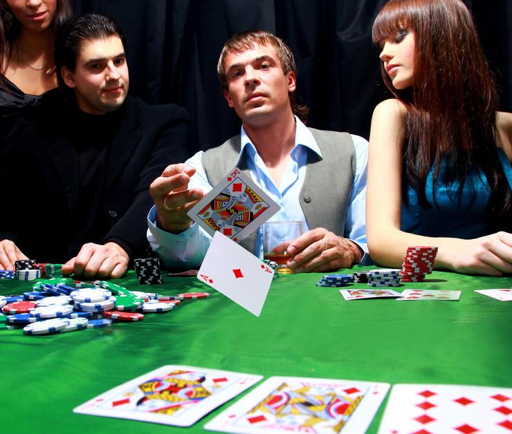 290880_poker01rasfoto-shutterstock