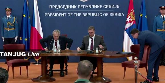 Aleksandar Vučić i Miloš Zeman na zajedničkoj konferenciji za novinare
