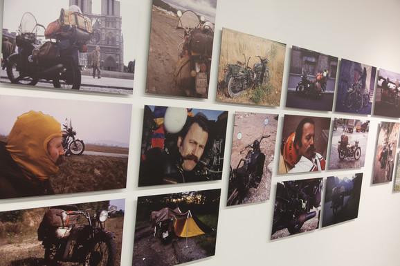 Fotografije sa putovanja Ilije Šoškića izložene u Novom Sadu