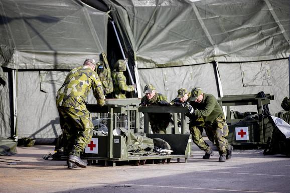 Švedska vojska gradi poljsku bolnicu u Geteborgu