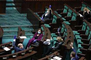 Emilewicz: Tarcza 4.0 nie narusza niezależności samorządu terytorialnego