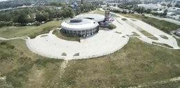 Pusty aquapark straszy w Słupsku