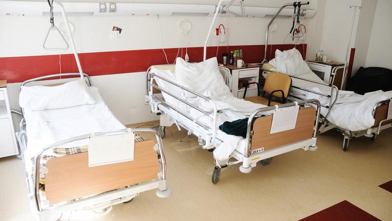 Wieloosobowa sala szpitalna