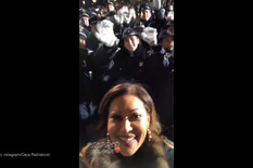 I CECA DOČEKALA PUTINA Pevačica ispred Hrama, oduševila Srbe (VIDEO)