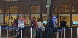Bilety na pociąg kupisz w jednej kolejce