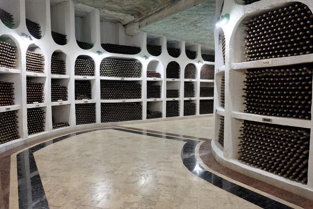 Piwnice z winami, Cricova