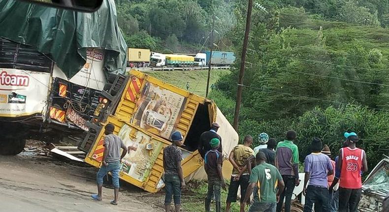 Accident involving trucks and 8 vehicles at the old church along Mai Mahiu