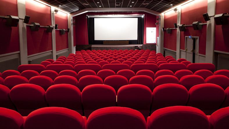 Senior w kinie wciąż pojawia się rzadko