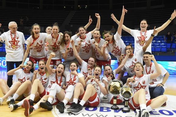 DOMINACIJA Košarkašice Zvezde odbranile titulu, Partizan dao jedan poen za četvrtinu