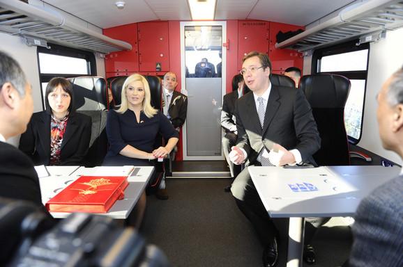 Ministarka i premijer u vozu ka Budimpešti