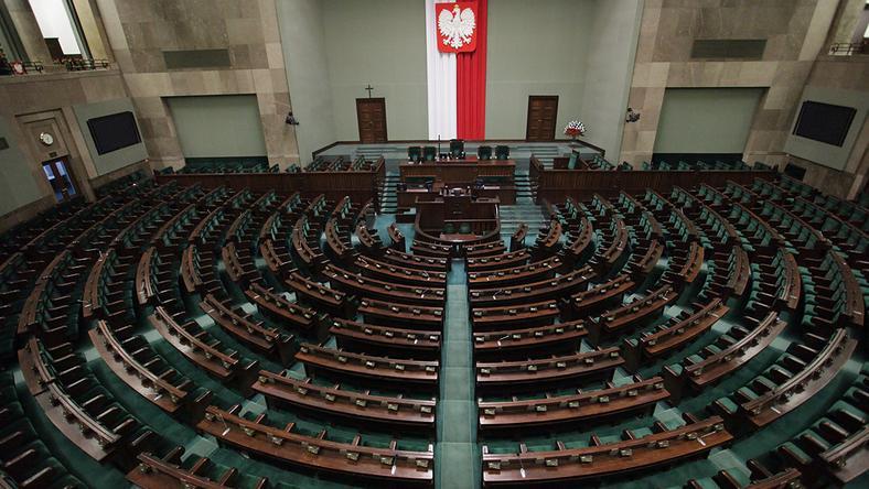 Spór o referendum. Dr Mieńkowska-Norkiene: polskie elity polityczne są w fatalnym stanie