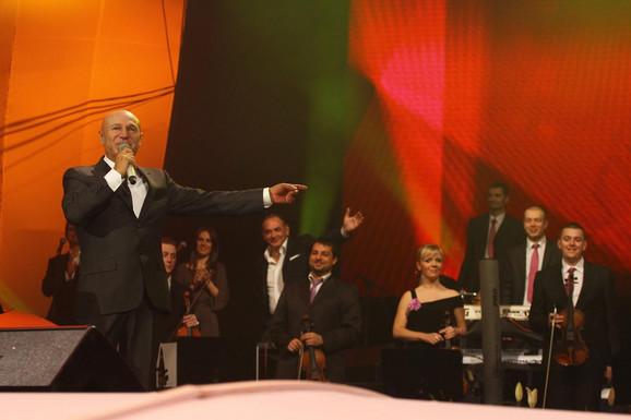 Šaulić je svojim hitovima oduševio beogradsku publiku