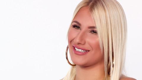"""Ruža Rupić ima 17 godina, zarađuje od """"Jutjuba"""", a za obožavaoce sprema VELIKO iznenađenje"""