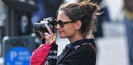 Holmes uwielbia fotografować