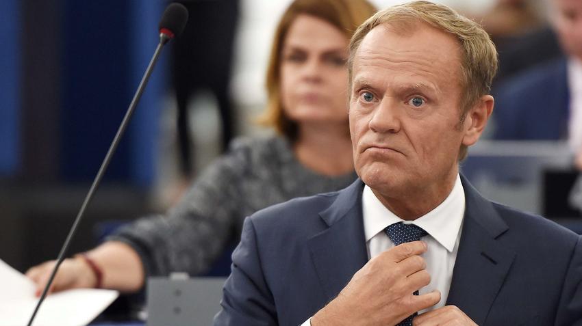 tusk nie wraca do polski chce zostać w europejskiej polityce