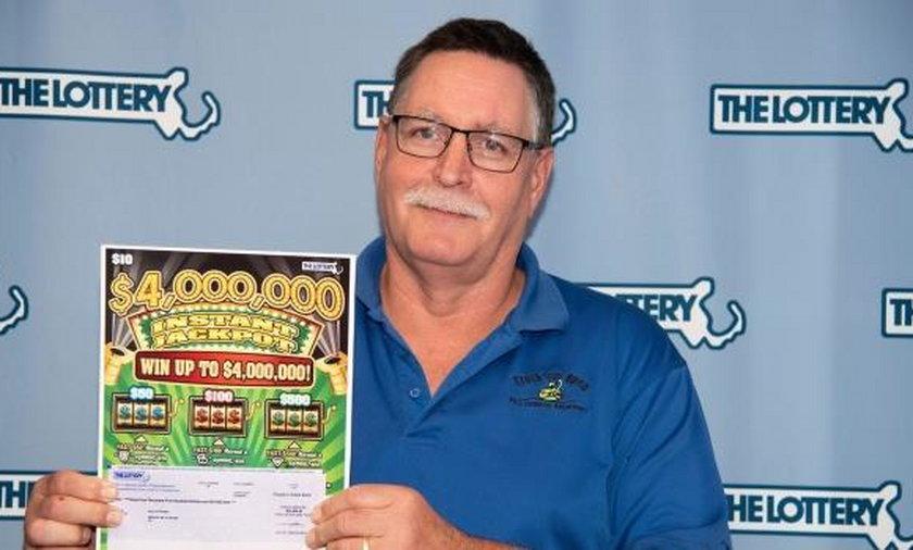 Wygrał milion na loterii. Dwa razy!