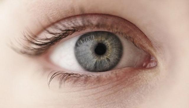 megtudja a látását