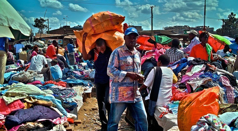 Gov't orders immediate ban on mitumba clothes import