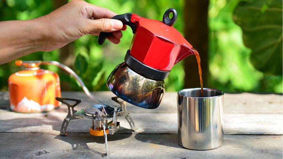 Gotowanie w plenerze – jak wybrać kuchenką turystyczną?