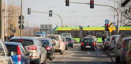 Kosmiczna kolejka i szybkie trasy autobusowe przyszłością miasta