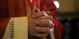 Zrozpaczona matka pozywa księdza. Tak zachował się na pogrzebie jej syna