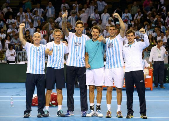 Teniska reprezentacija Argentine slavi plasman u finale