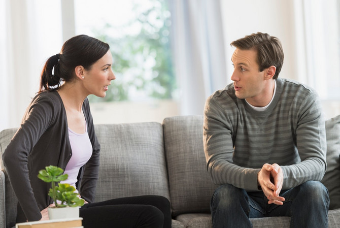 Kao mogući prenos navodi se razgovor sa asimptomskom osobom