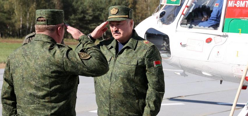 Łukaszenka szkoli terrorystów, by przerzucić ich do Polski - ostrzega białoruski dyplomata