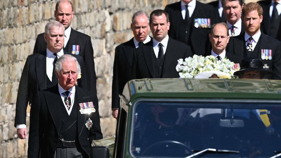 Pogrzeb księcia Filipa był okazją do pojednania dla zwaśnionego Harrego i Williama