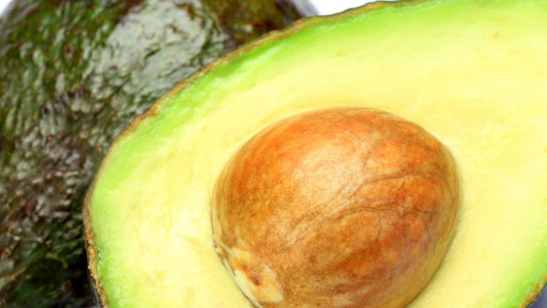 Osoby, które lubią jeść awokado, mają niższy wskaźnik masy ciała