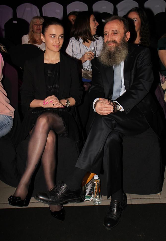 Supružnici prošle godine na reviji Suzanje Perić u Beogradu