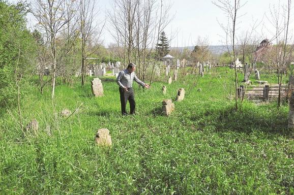 Grob nije obeležen, ali se i danas zna gde je Petar Blagojević bio sahranjen