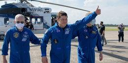 Spędzili dwa miesiące w kosmosie. Astronauci z Dragona wrócili na Ziemię