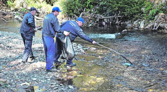 Čišćenje reke