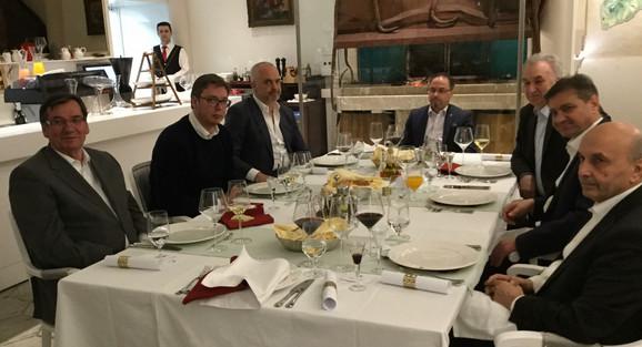 Lideri na večeri u sarajevskom restoranu