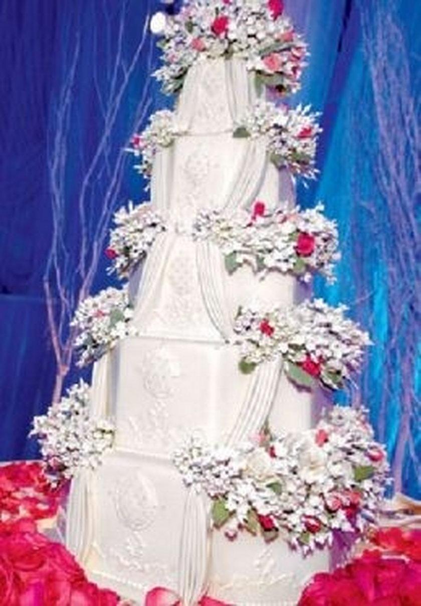 tort ślubny Christiny Aguilery