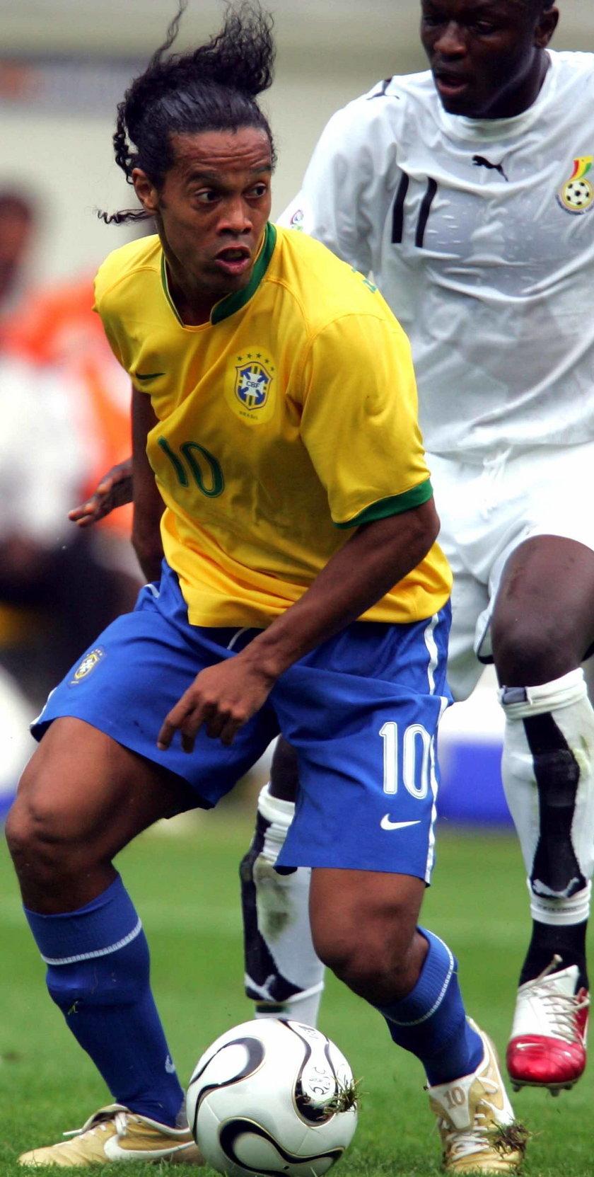 Ronaldinho skończył 35 lat! Zobacz specjalne urodzinowe wideo!