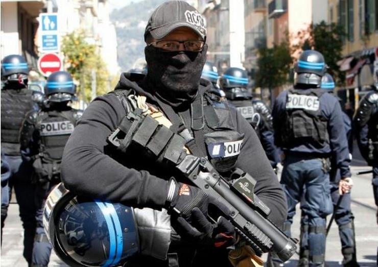 Francuska demonstracije žuti prsluci ap