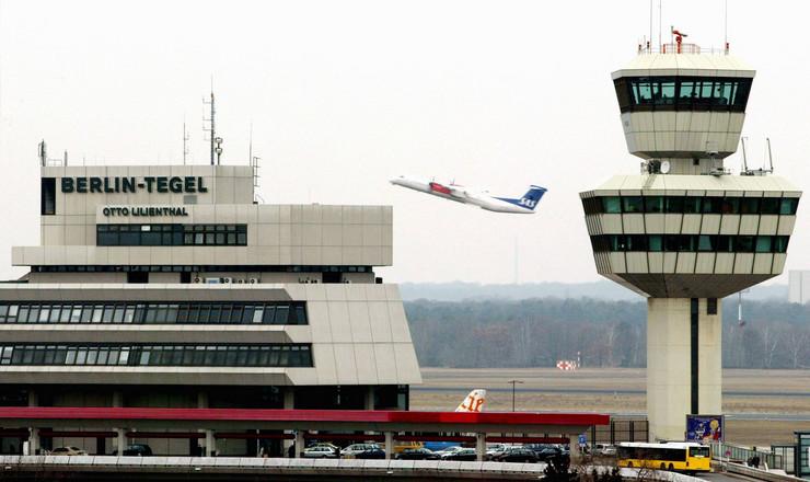 37643_berlin-aerodrom-afp