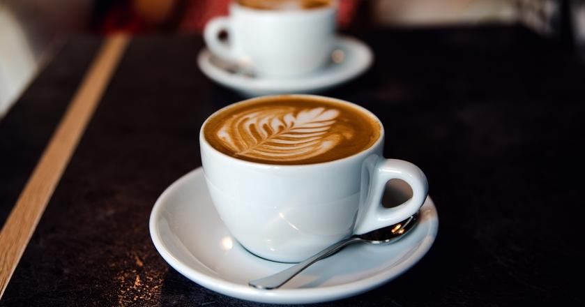 Espresso i mleko można połączyć na wiele sposobów