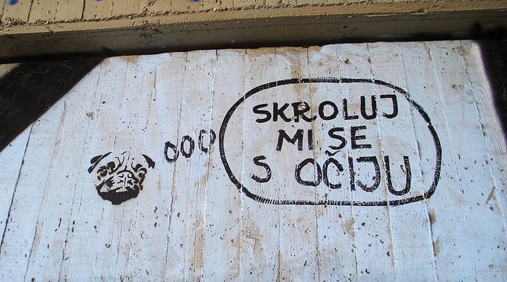 grafit Skroluj mi se s očiju