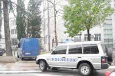 UHAPŠEN OSUMNJIČENI DILER Nakon pretresa vozila policija privela Podgoričanina sa 37 pakovanja heroina