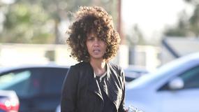 Halle Berry z fryzurą afro. Jak wam się podoba piękna aktorka?