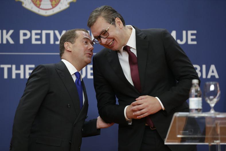 Premier Rosji Dmitrij Miedwiediew i prezydent Serbii Aleksandar Vučić