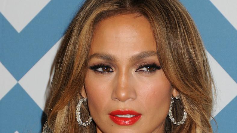 """Jennifer Lopez przedtawia """"Same Girl"""""""