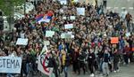 KIŠA OMELA SAMO NOVOPAZARCE Protestne šetnje širom Srbije (FOTO)