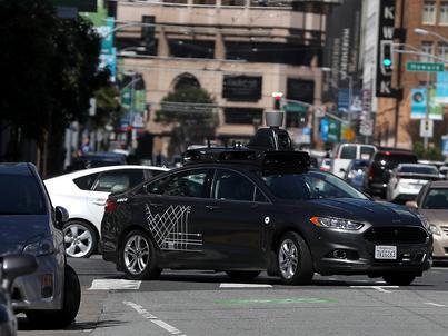 Autonomiczne samochody Ubera mają być dostępne dla wszystkich klientów początkowo w Phoenix w stanie Arizona