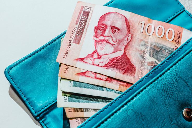 plata novac novčanik